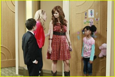 Watch Full Episodes Logo Watch Jessie Full Episodes